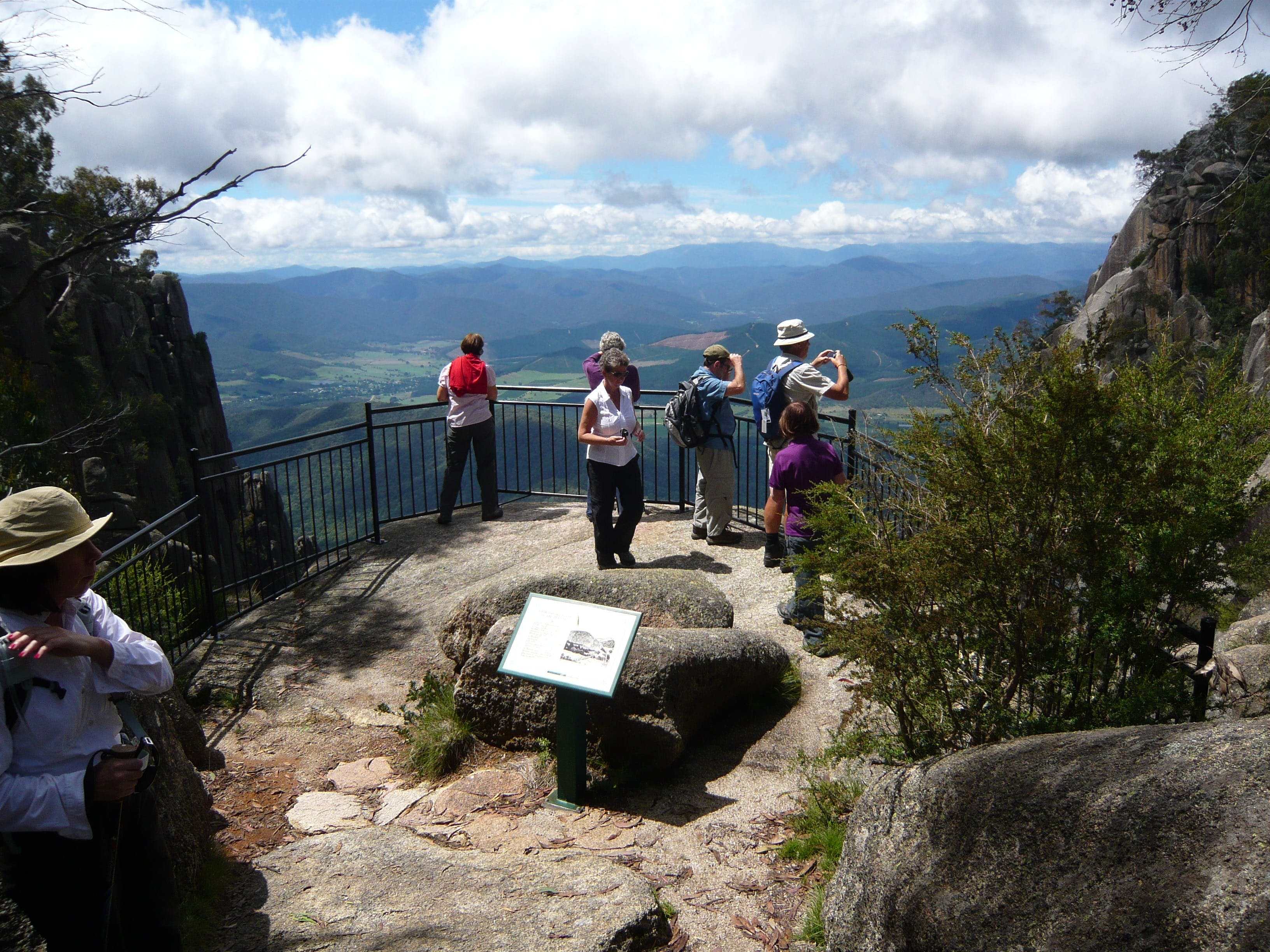 Hedonistic Hiking's Mount Buffalo Hike and Picnic - Accommodation Yamba
