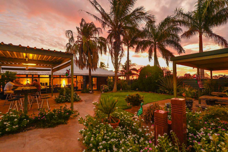 Devils Marbles HotelWauchope - Accommodation Yamba