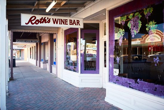 Roth Wine Bar - Accommodation Yamba