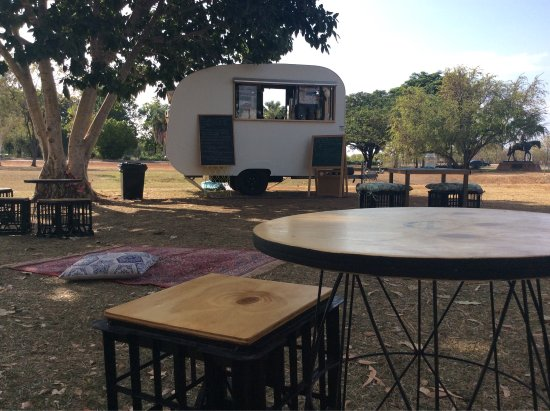 The Black Russian Caravan Bar - Accommodation Yamba
