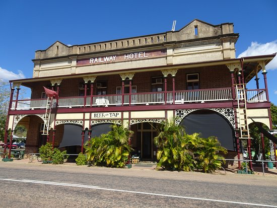 Railway Hotel Pub - Accommodation Yamba