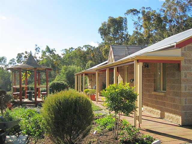 Riesling Trail  Clare Valley Cottages - Accommodation Yamba
