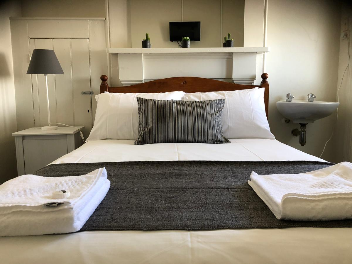 Cornwall Hotel - Accommodation Yamba