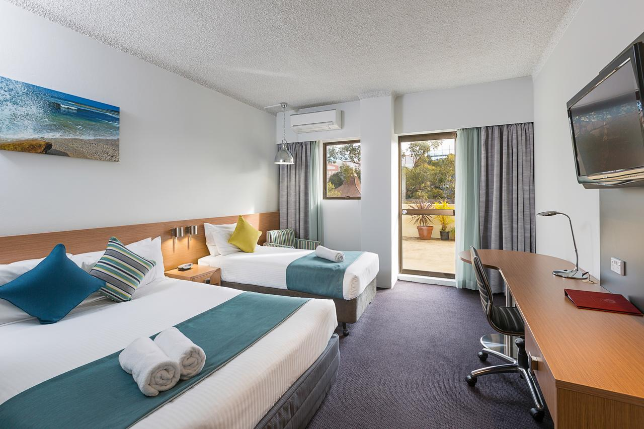 Metro Hotel Miranda - Accommodation Yamba
