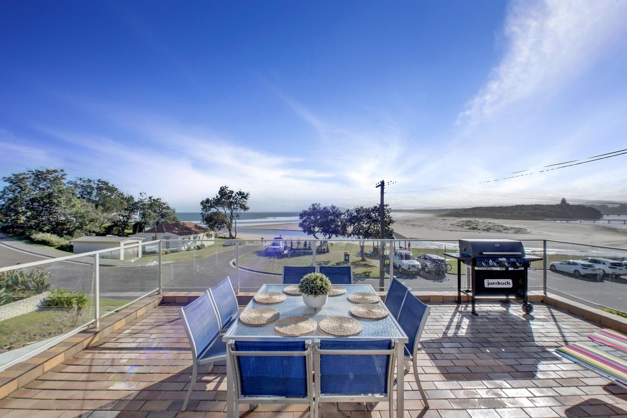 The Rotunda  Gerroa - Pet Friendly Beachfront - Accommodation Yamba