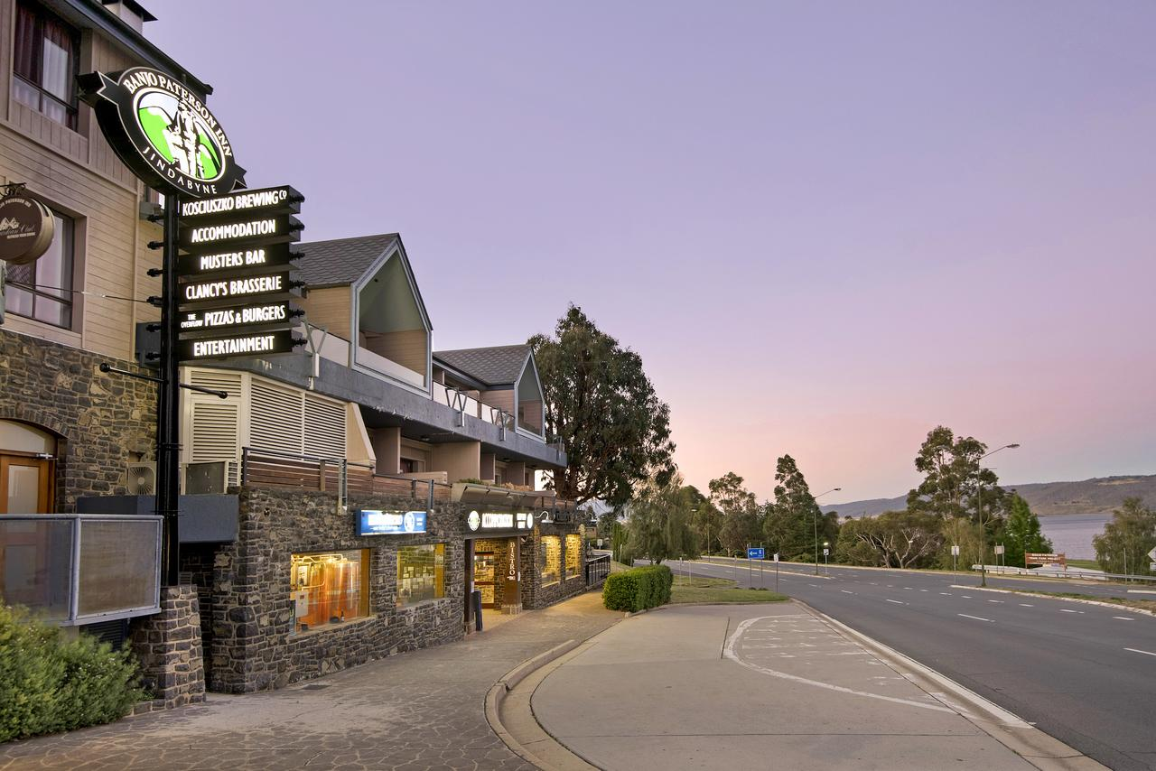 Banjo Paterson Inn - Accommodation Yamba