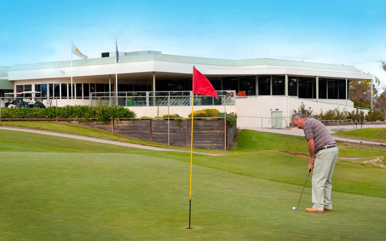 cluBarham Golf Resort - Accommodation Yamba