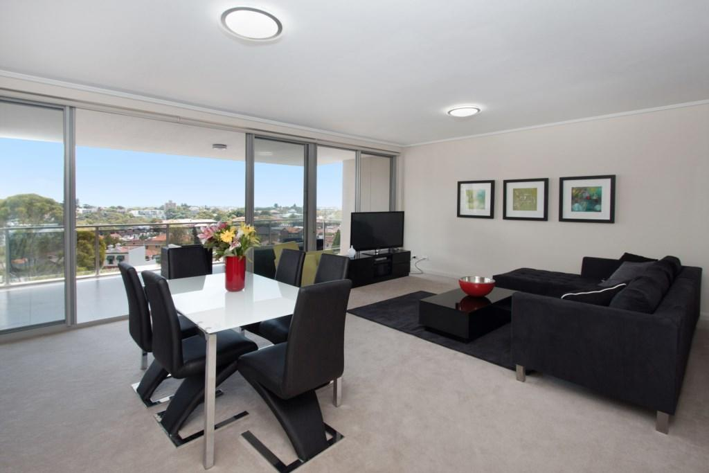 The Junction Palais - Modern and Spacious 2BR Bondi Junction Apartment Close to Everything - Accommodation Yamba