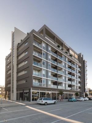 Honeysuckle Executive Apartments - Accommodation Yamba