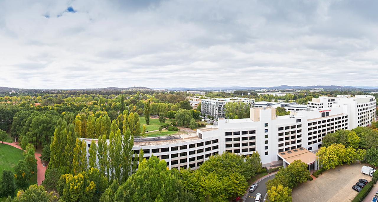 Crowne Plaza Canberra - Accommodation Yamba