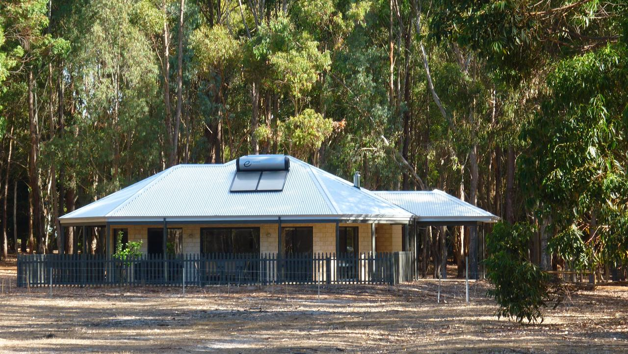 Margaret River Hideaway  Farmstay - Accommodation Yamba