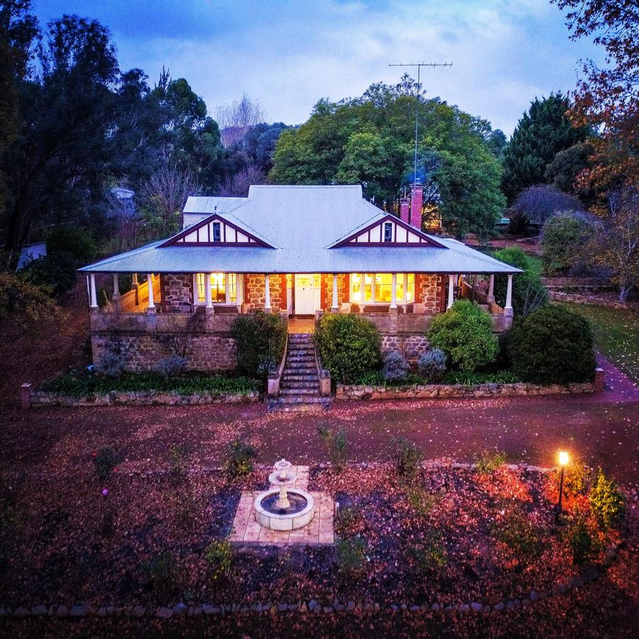 Historic Oakhill House Entire Estate - Accommodation Yamba
