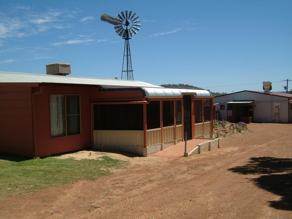 Bindoon's Windmill Farm - Accommodation Yamba