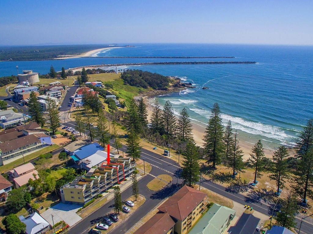 Seaspray 3 - Straight Across The Road From Main Beach Yamba - Accommodation Yamba