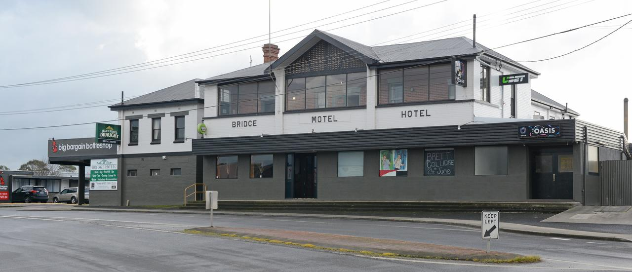 Bridge Hotel - Accommodation Yamba