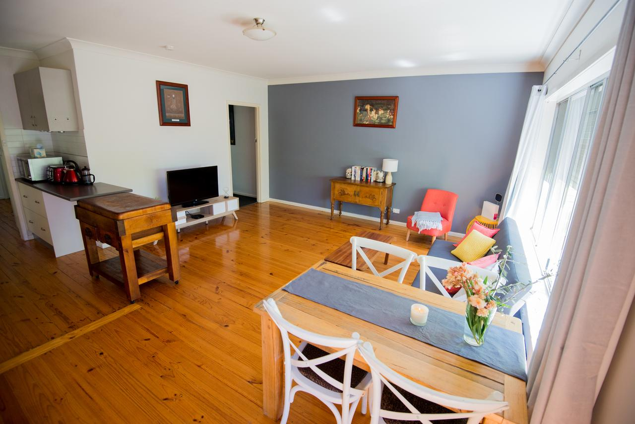 Flora Hill Creek Views - Accommodation Yamba