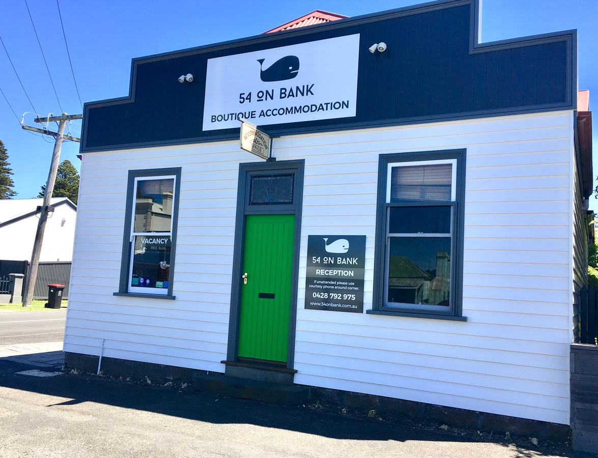 54 on Bank - Accommodation Yamba