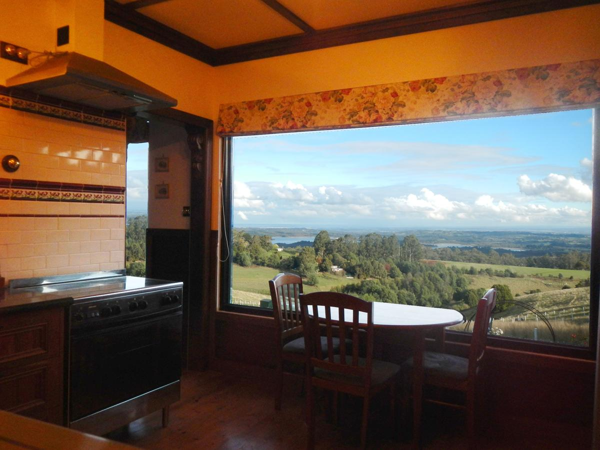 A Cottage with a View at Tudor Ridge - Accommodation Yamba