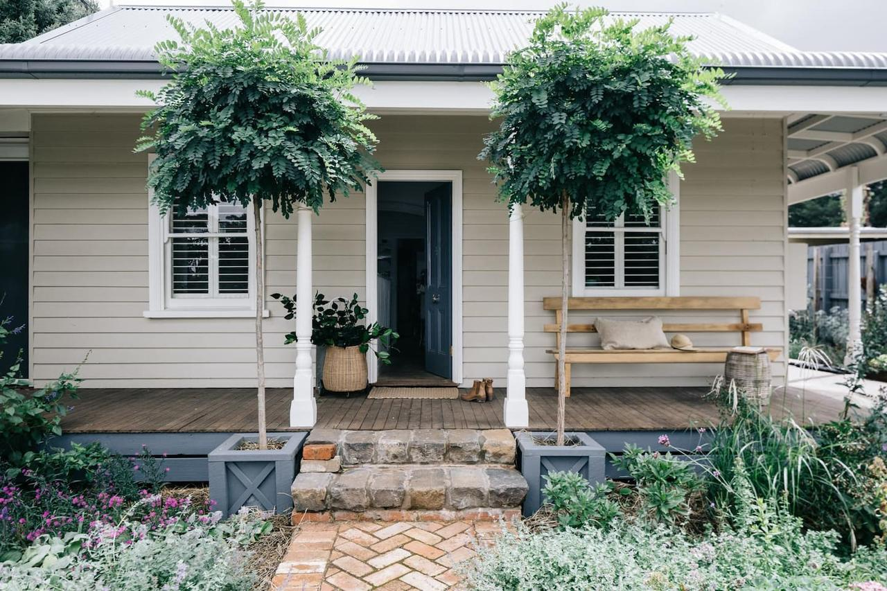 Acre of Roses - Accommodation Yamba