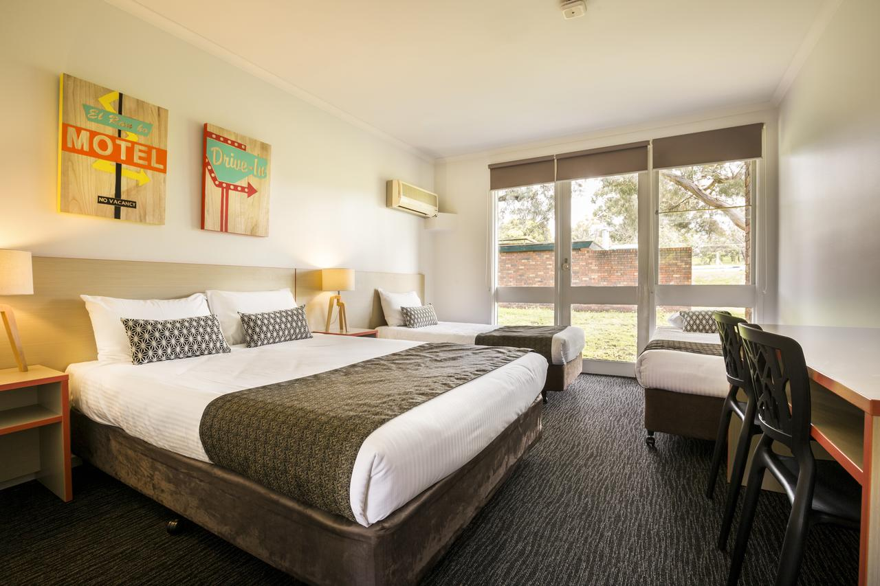 Burvale Hotel - Accommodation Yamba