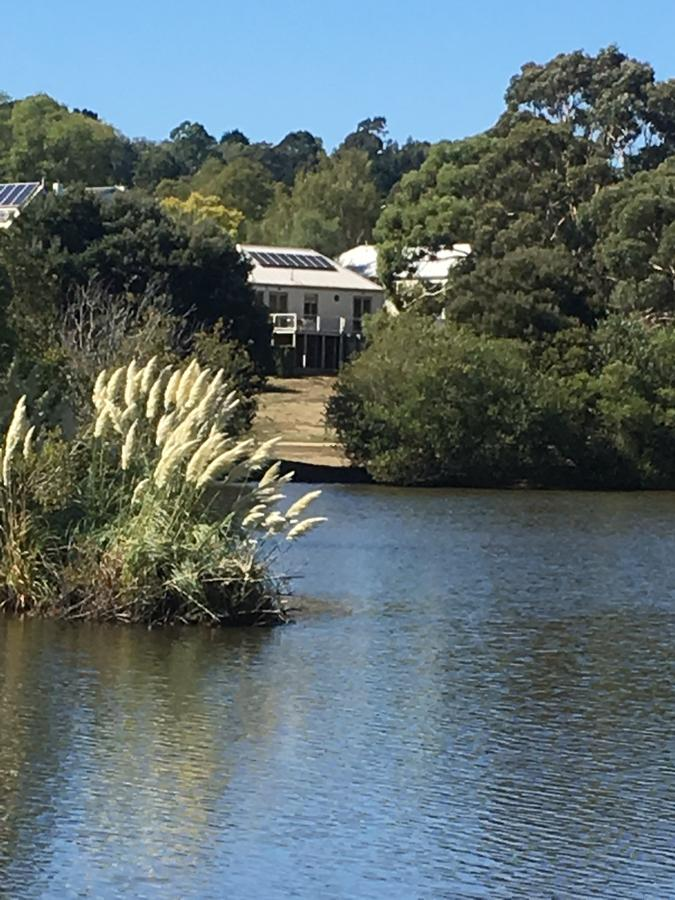 Lakeside Conti Villas - Accommodation Yamba