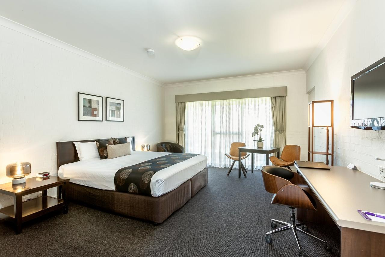 Blazing Stump Motel  Suites - Accommodation Yamba