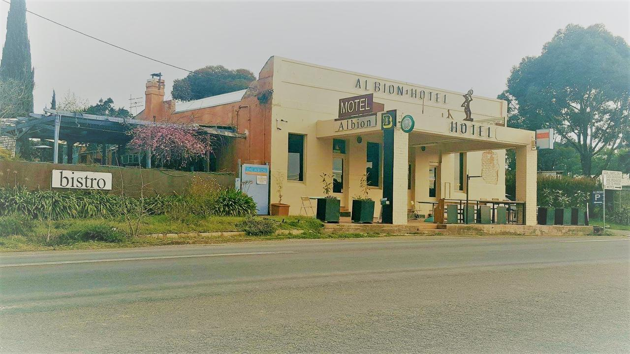 Albion Hotel And Motel Castlemaine - Accommodation Yamba
