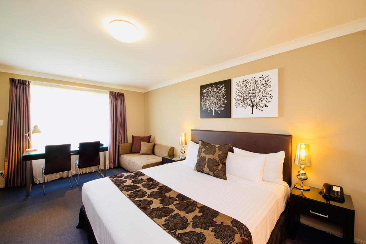 Best Western Plus Ambassador On Ruthven Motor Inn - Accommodation Yamba