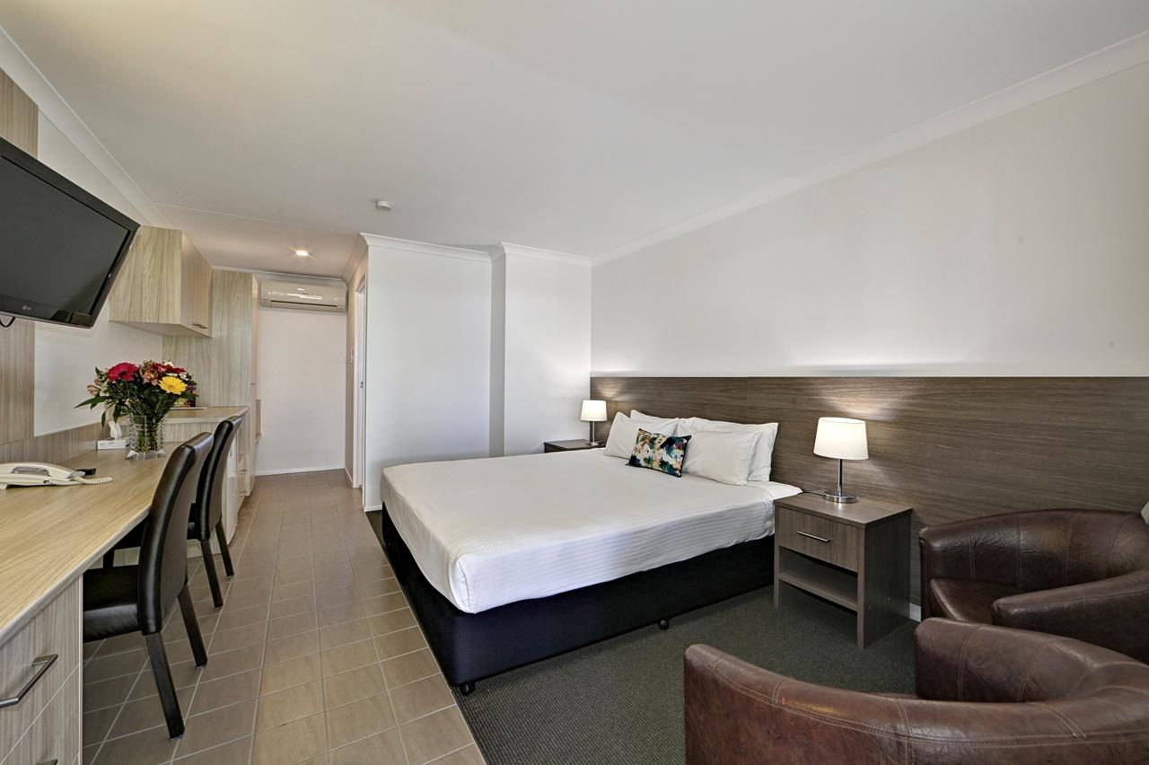 Smart Motels Bert Hinkler - Accommodation Yamba